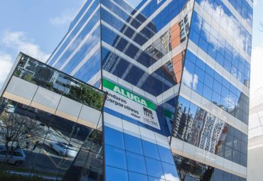 Centro-Empresarial-Azzurium-Batel-Curitiba01